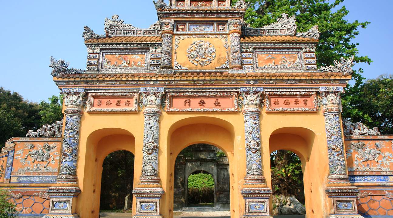 day tour hue from danang