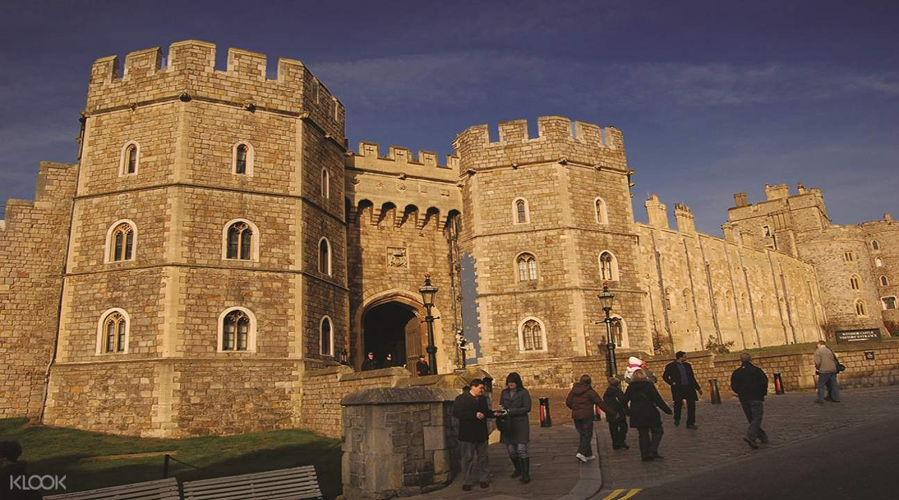 windsor castle by rail, windsor castle duck tour, windsor castle tours from london, windsor castle visit london, windsor castle attractions