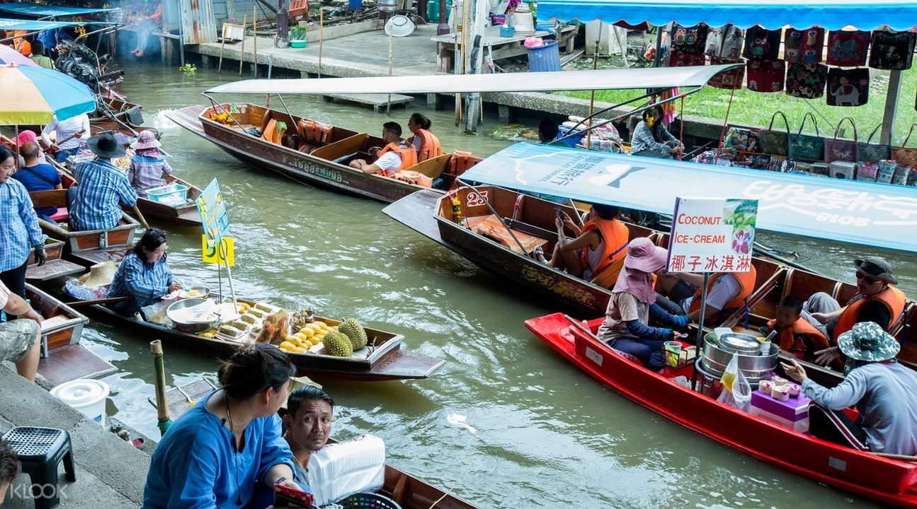 Interior Chatuchak Weekend Market