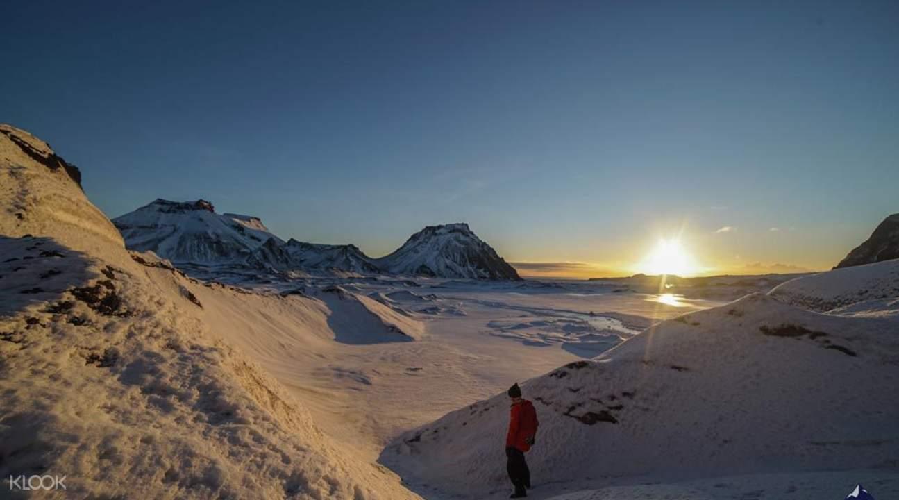 米达尔斯冰川