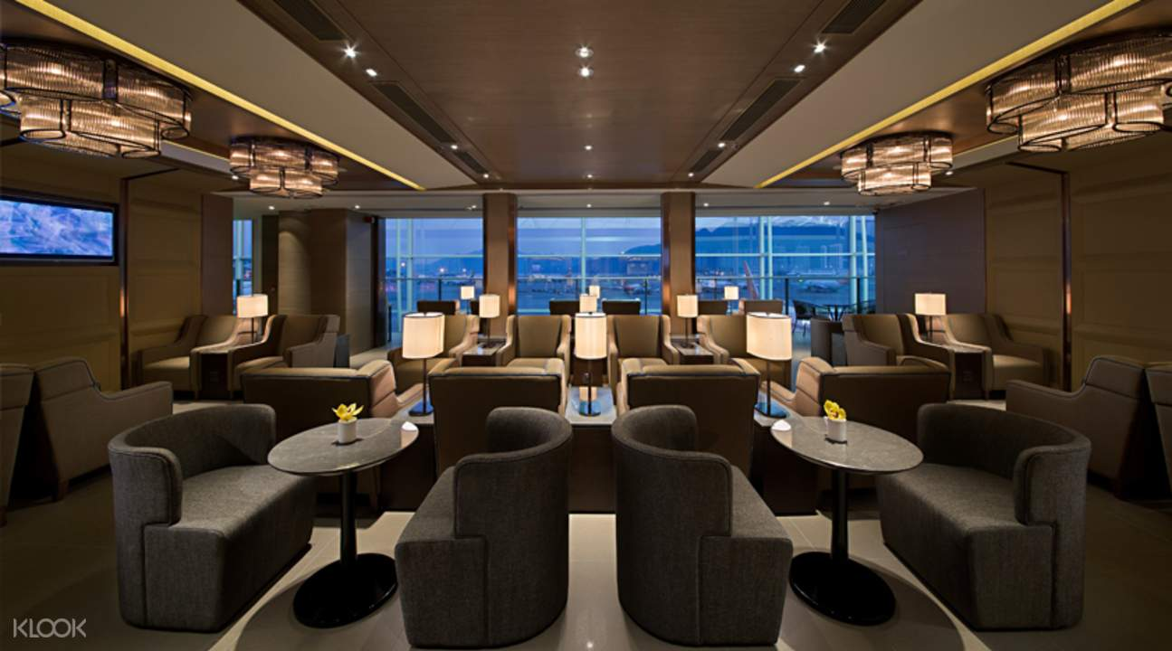 Hong kong international airport plaza premium lounge klook for Best airport lounge program