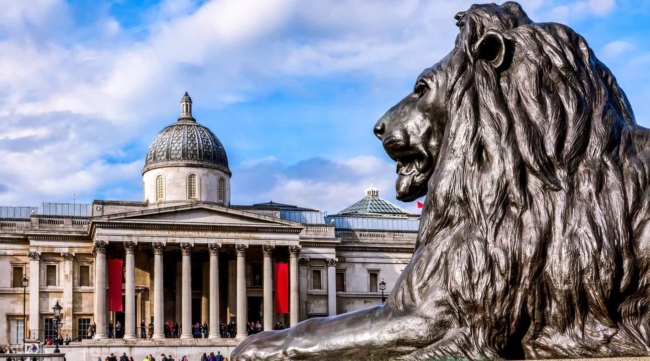 伦敦特拉法加广场