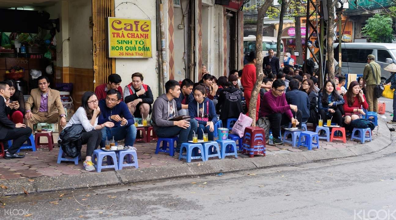 河內街邊咖啡店