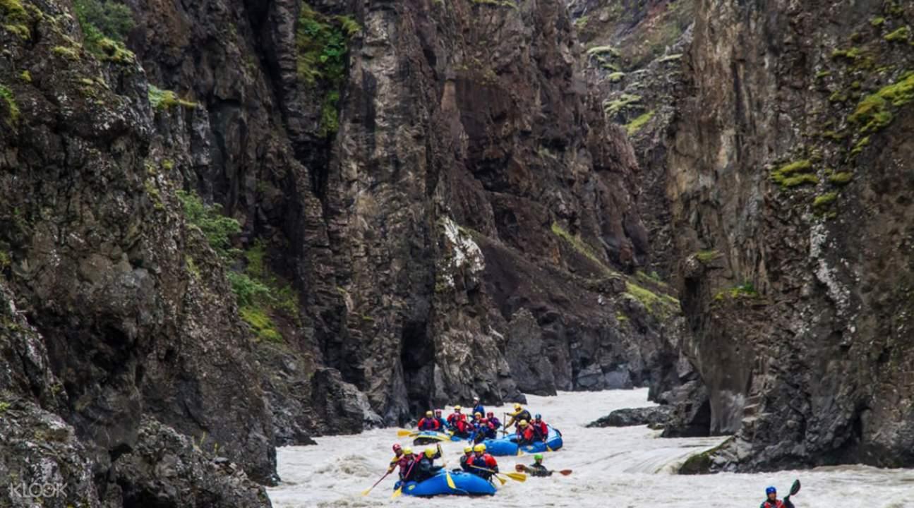 冰川河皮划艇漂流之旅