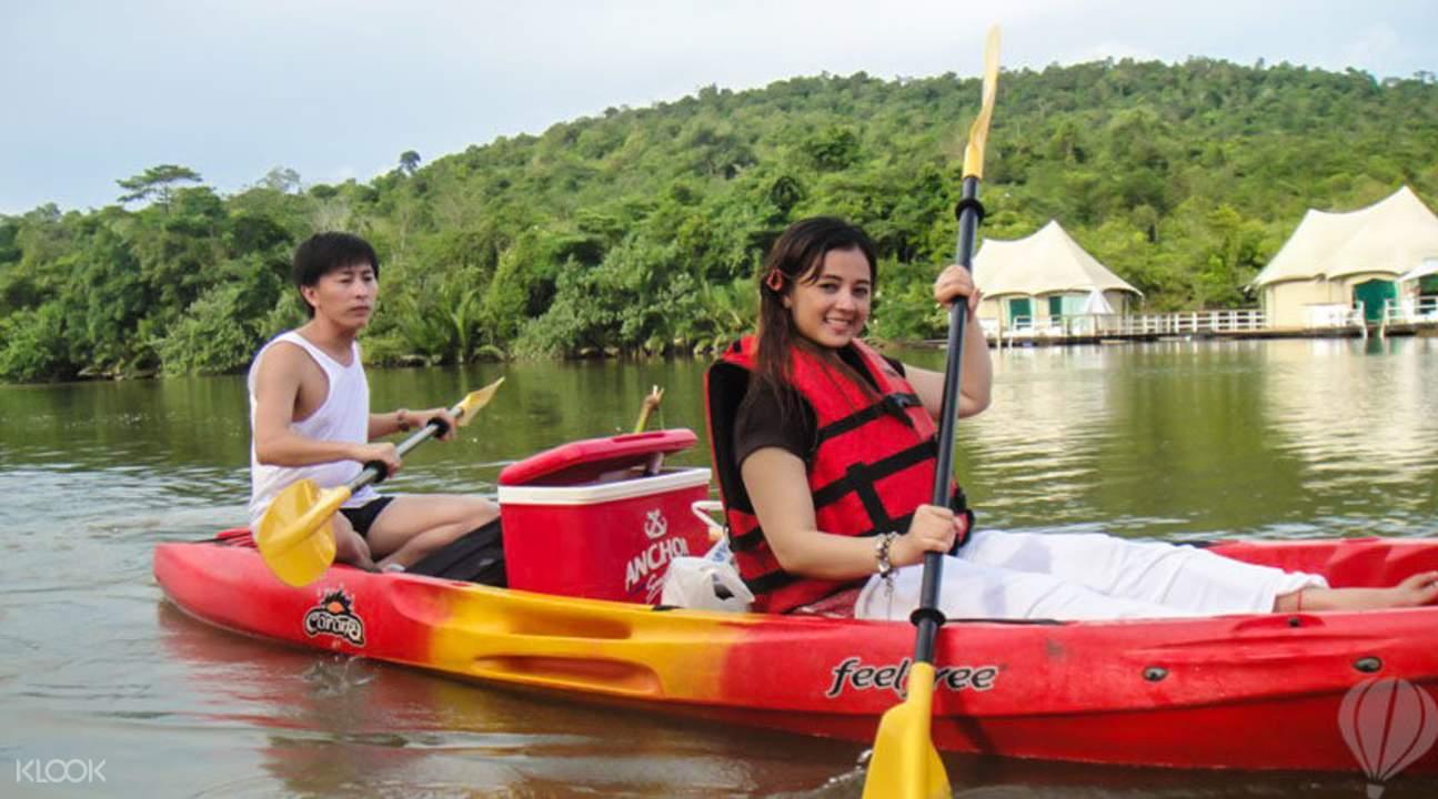 Tonle Sap kayaking