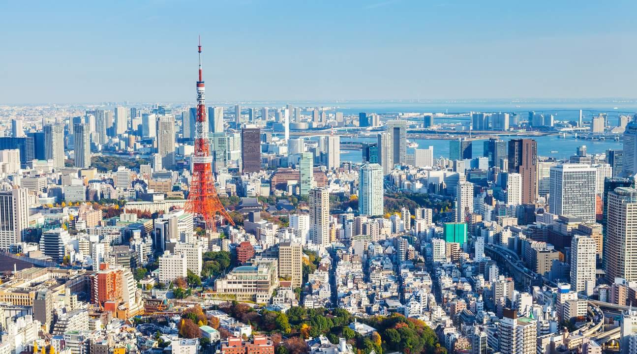 直升機遨遊東京上空