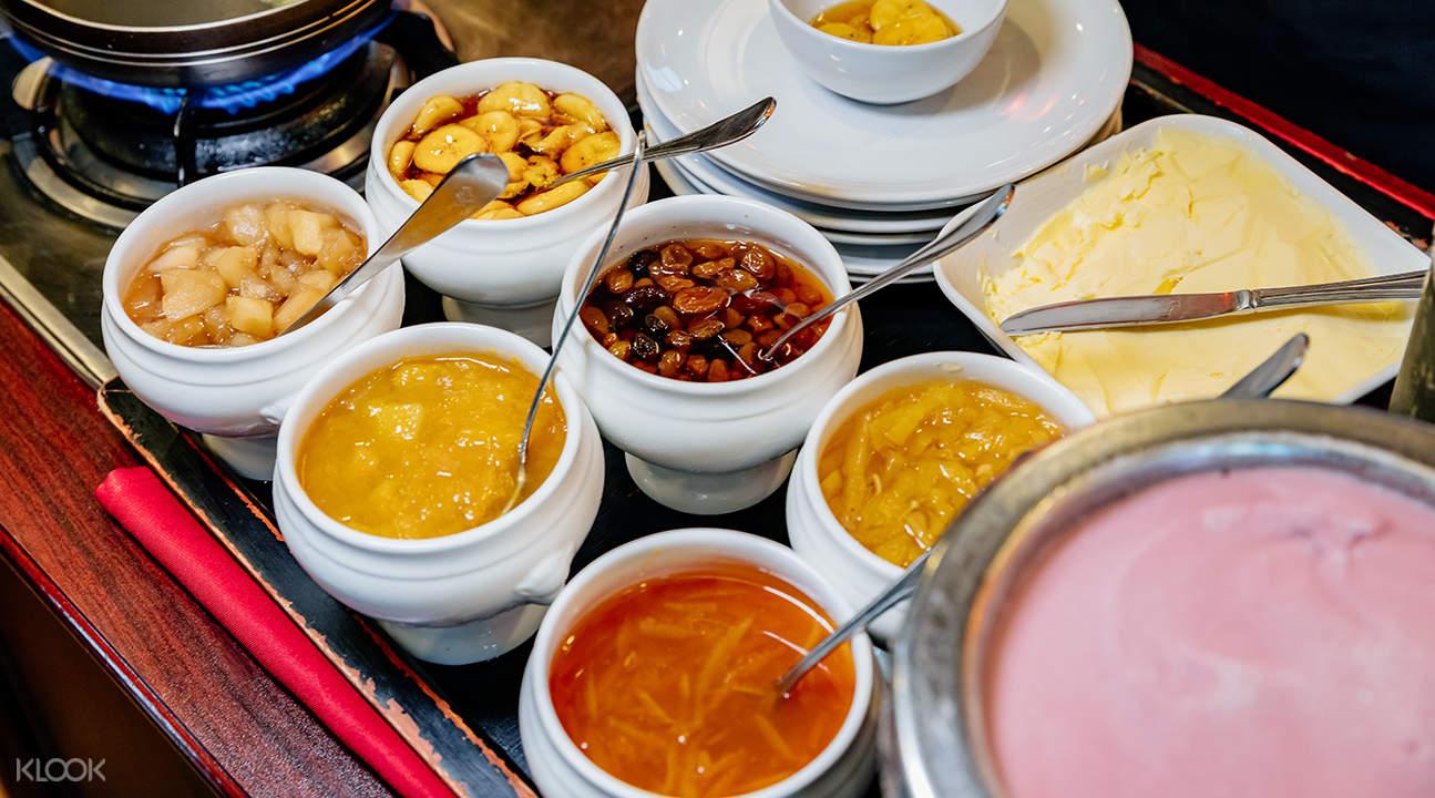 pancake toppings at stella palace restaurant baiyoke sky hotel bangkok