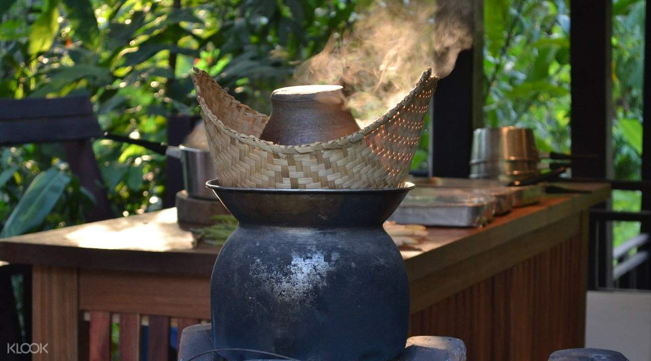 lao cooking school