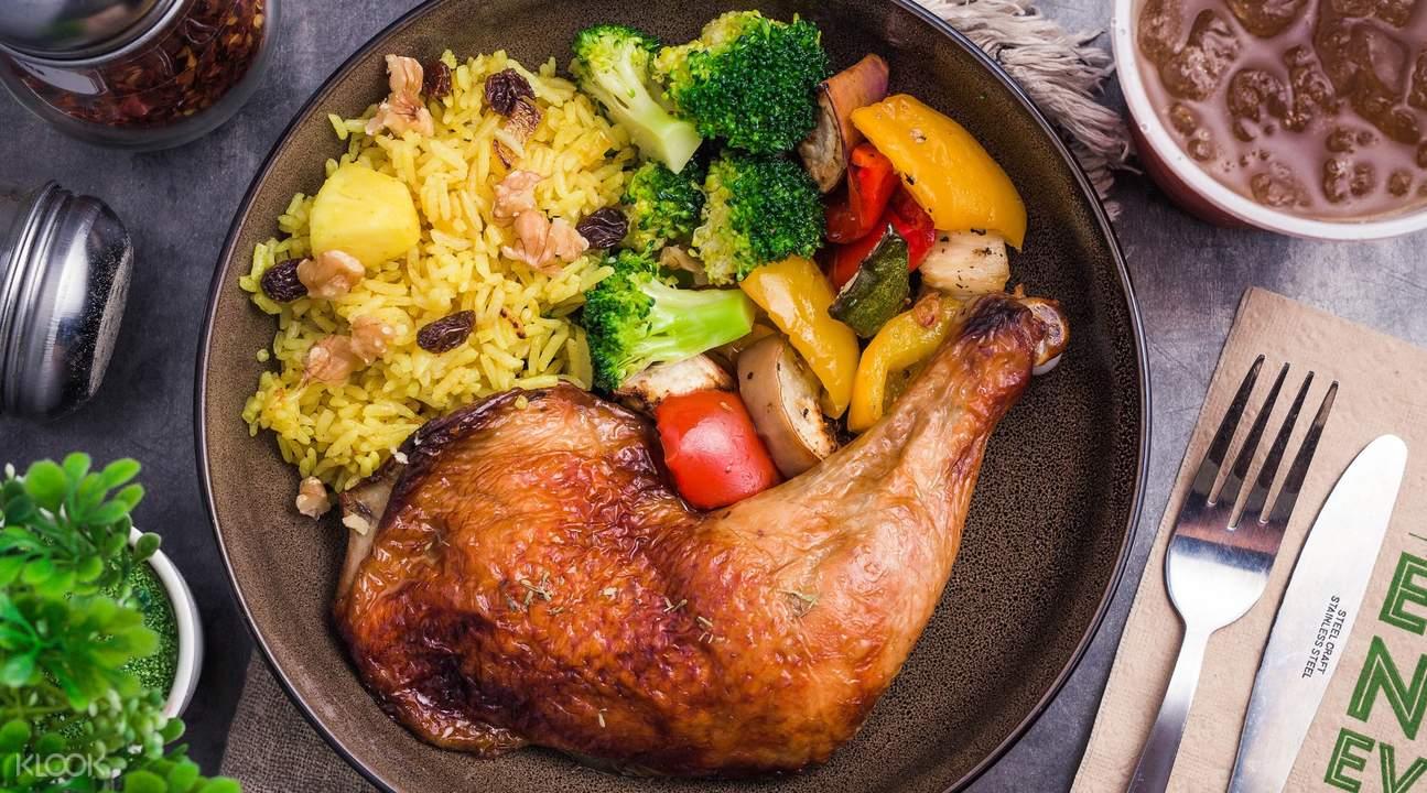多美歌Munch Saladsmith烤雞肉