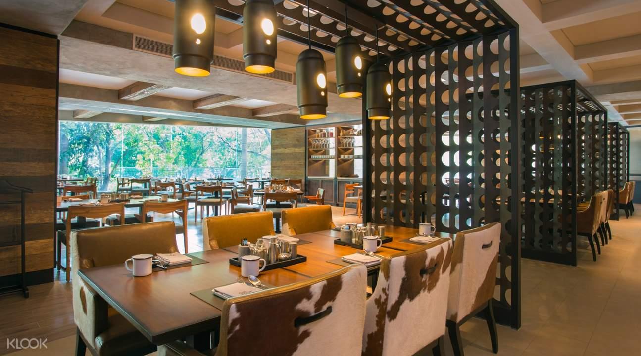 ร้าน Goji Kitchen+Bar ที่โรงแรม แบงค็อก แมริออท มาร์คีส์ ควีนส์ปาร์ค