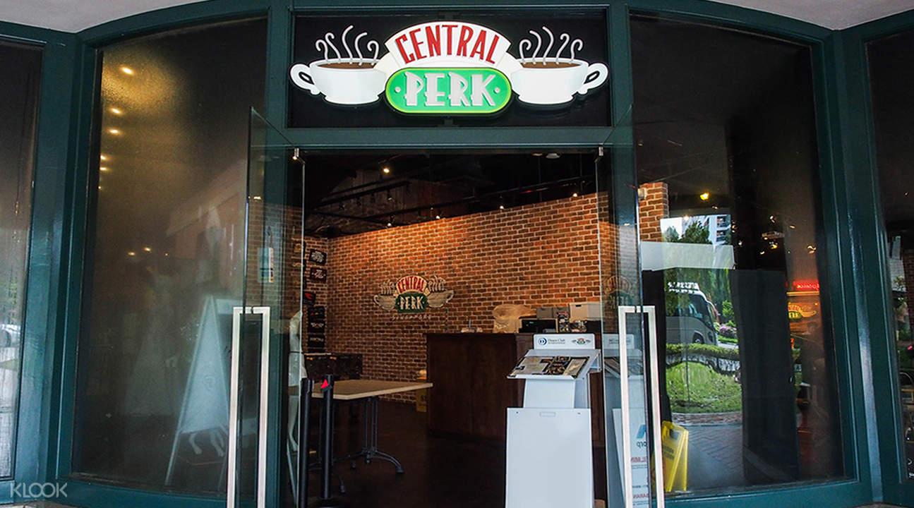 新加坡牛车水老友记咖啡店Central Perk