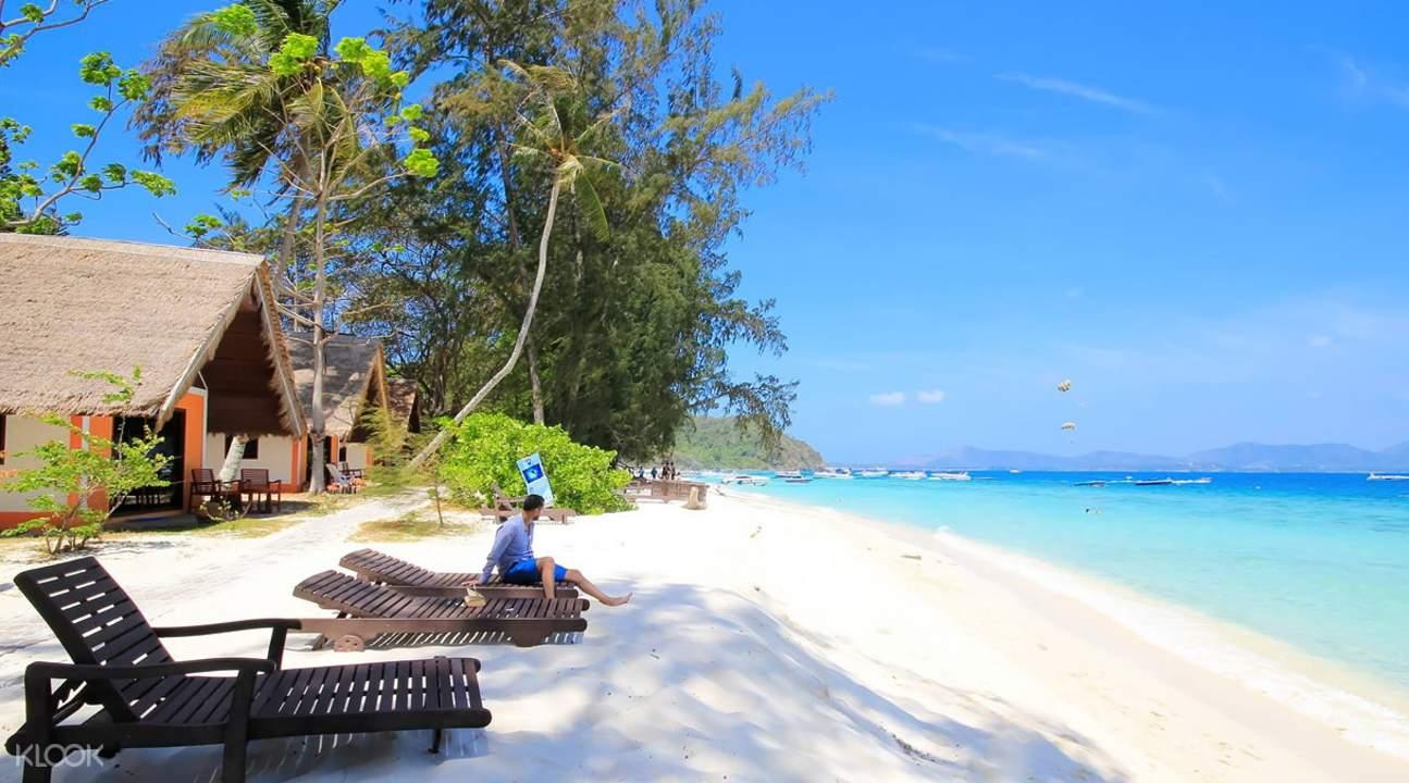 普吉珊瑚岛 日光浴