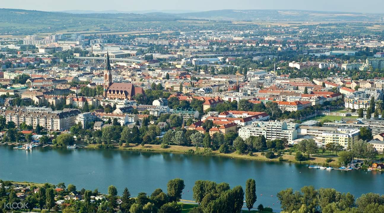 维也纳随上随下观光大巴 + 多瑙河游船