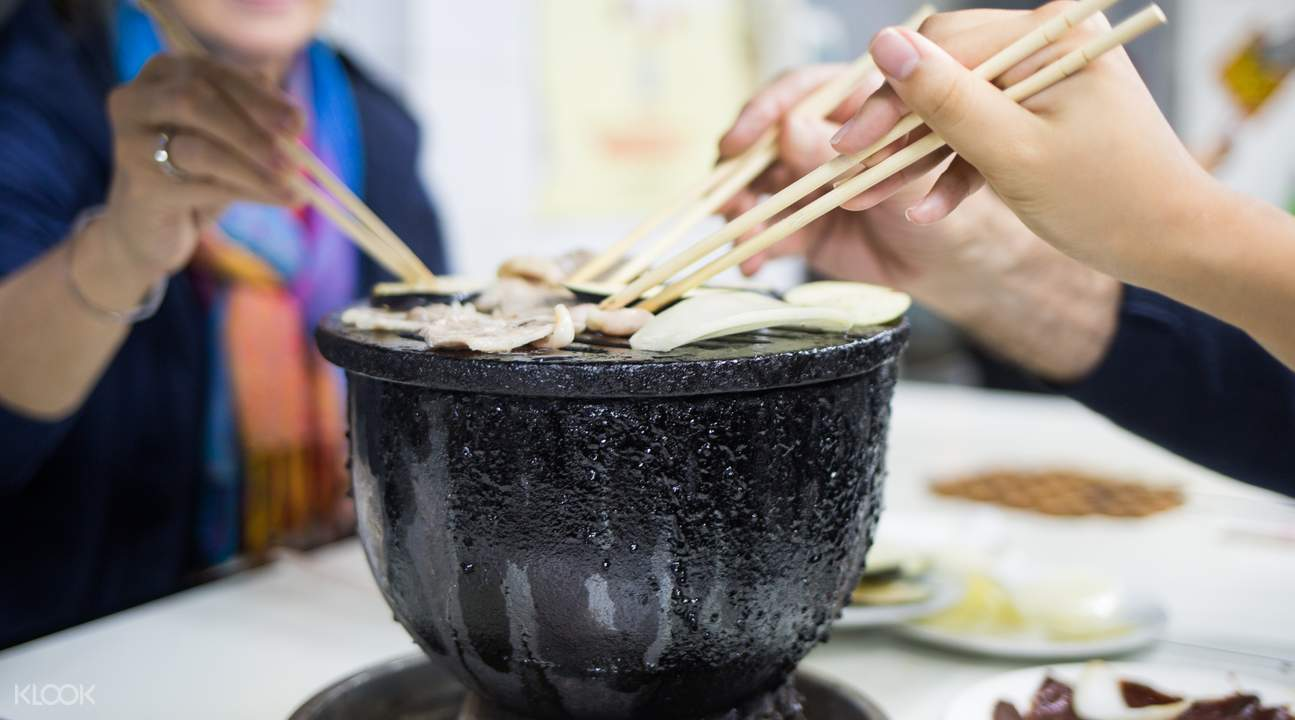 best hutongs for food in beijing