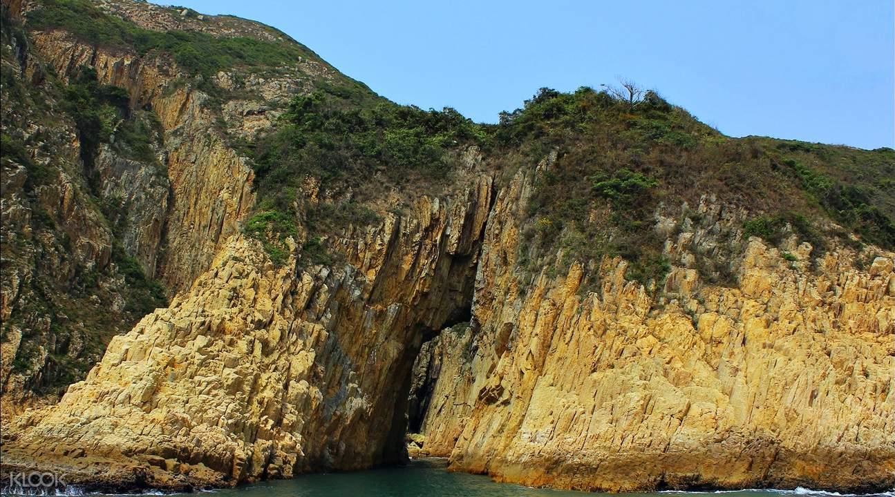 西貢古火山海蝕洞