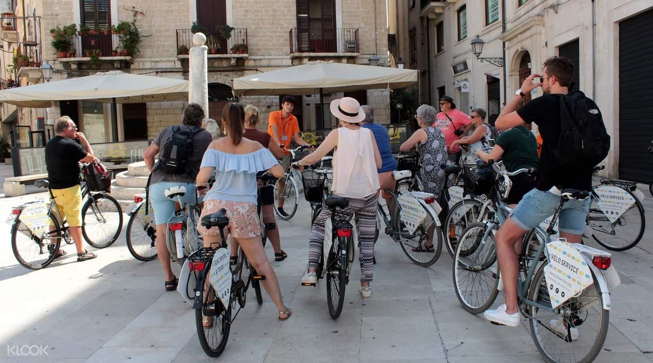 bike tour group touring city