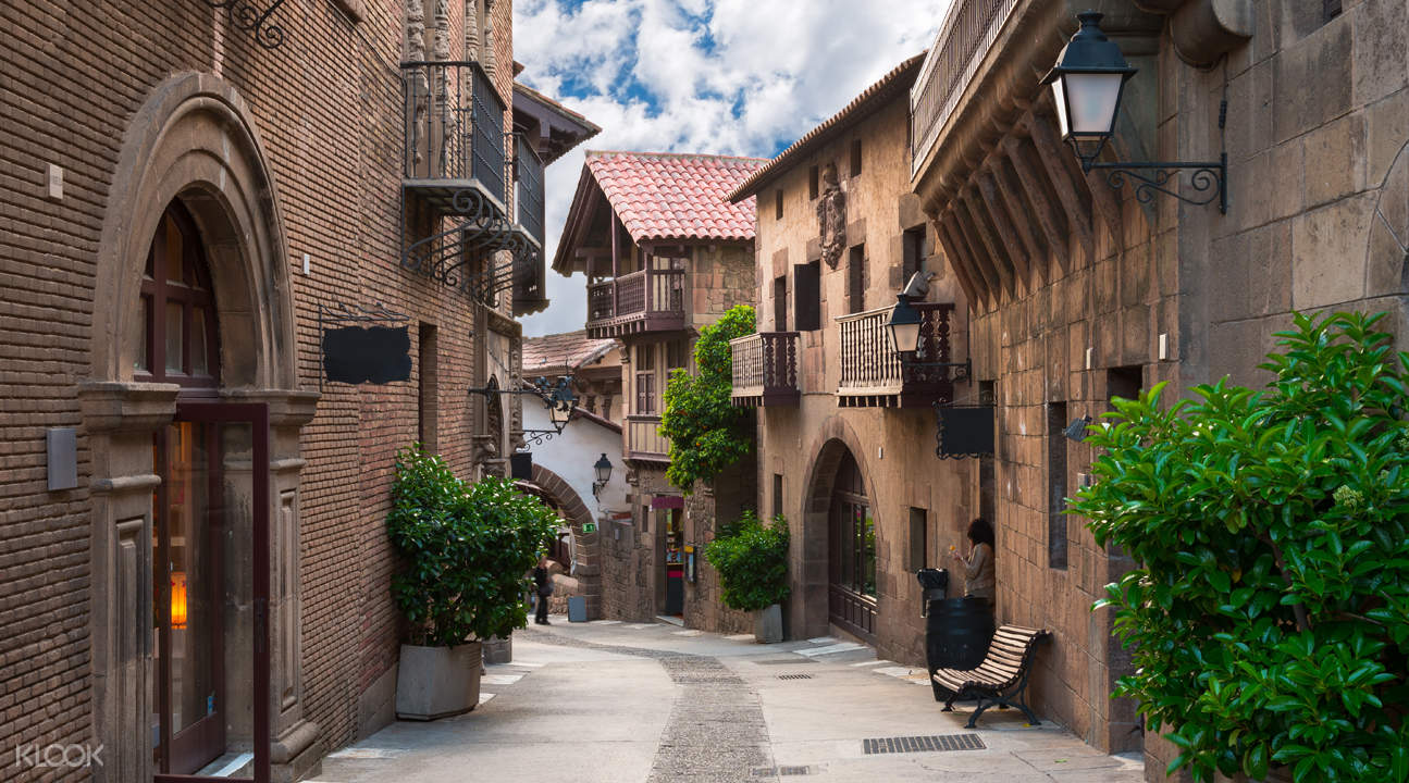 испанские города улицы фото устройства электропроводки деревянных