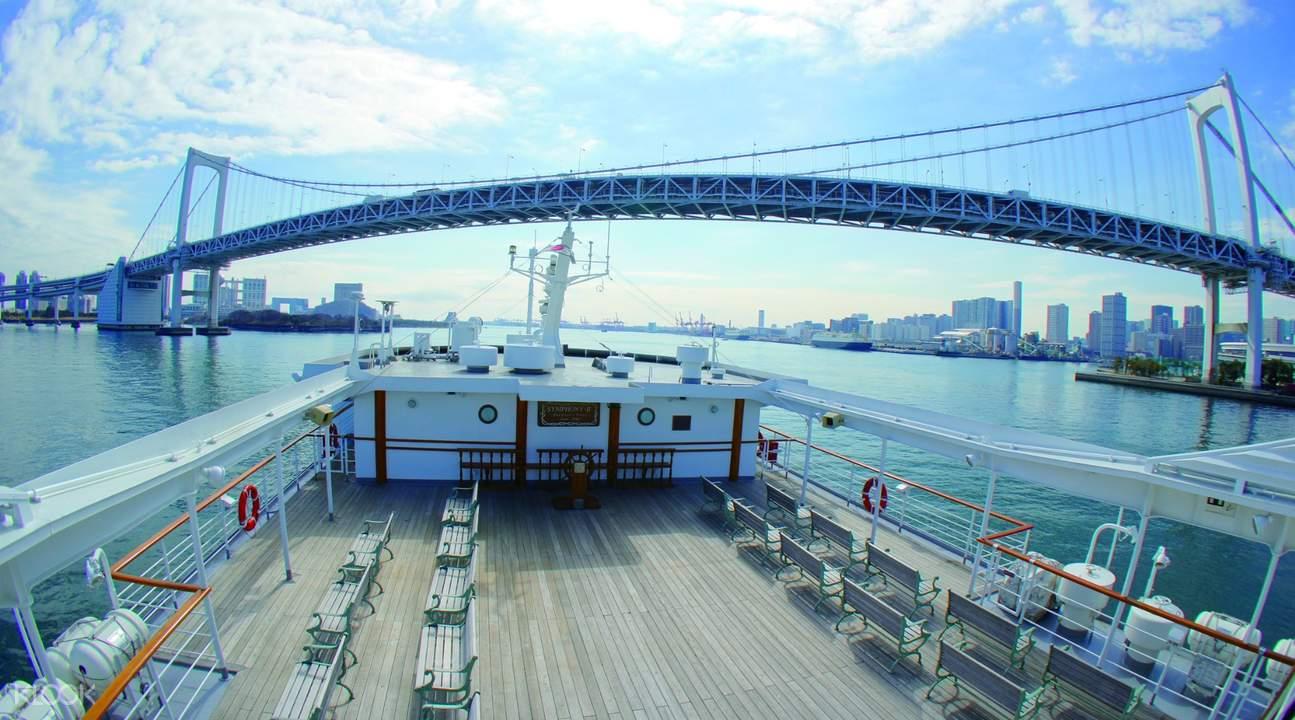 日本东京湾「交响乐」(SYMPHONY)号游轮 午餐