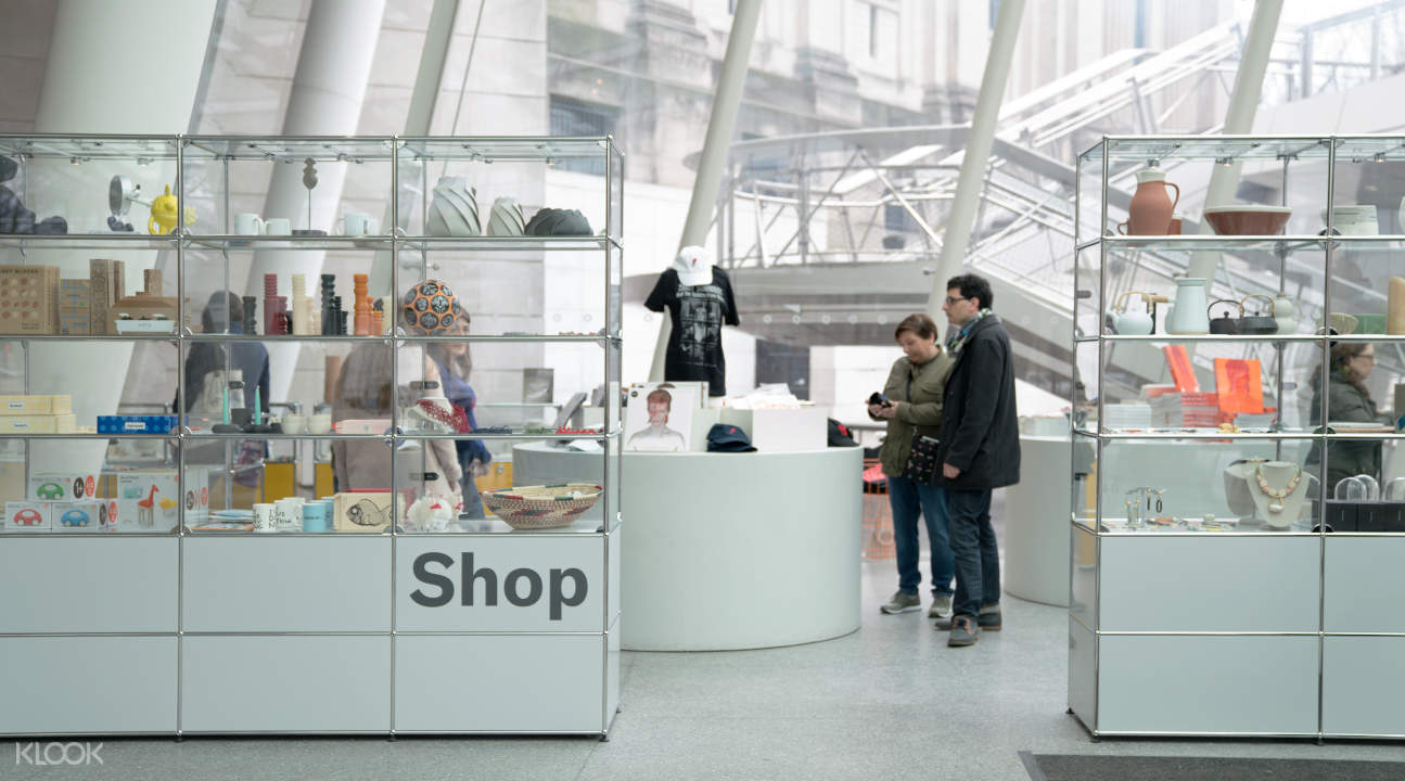 the Brooklyn Museum gift shop
