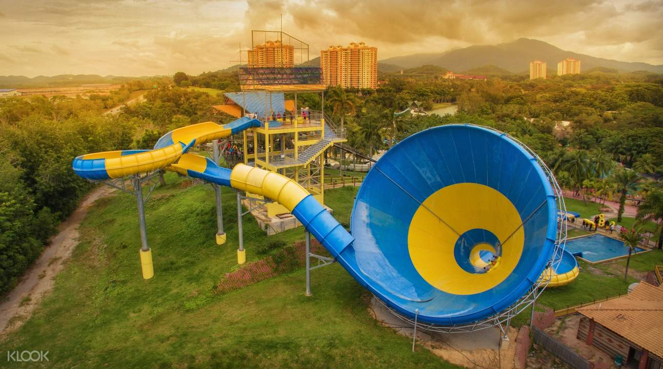 Big Ice Cream A'Famosa Water Theme Park