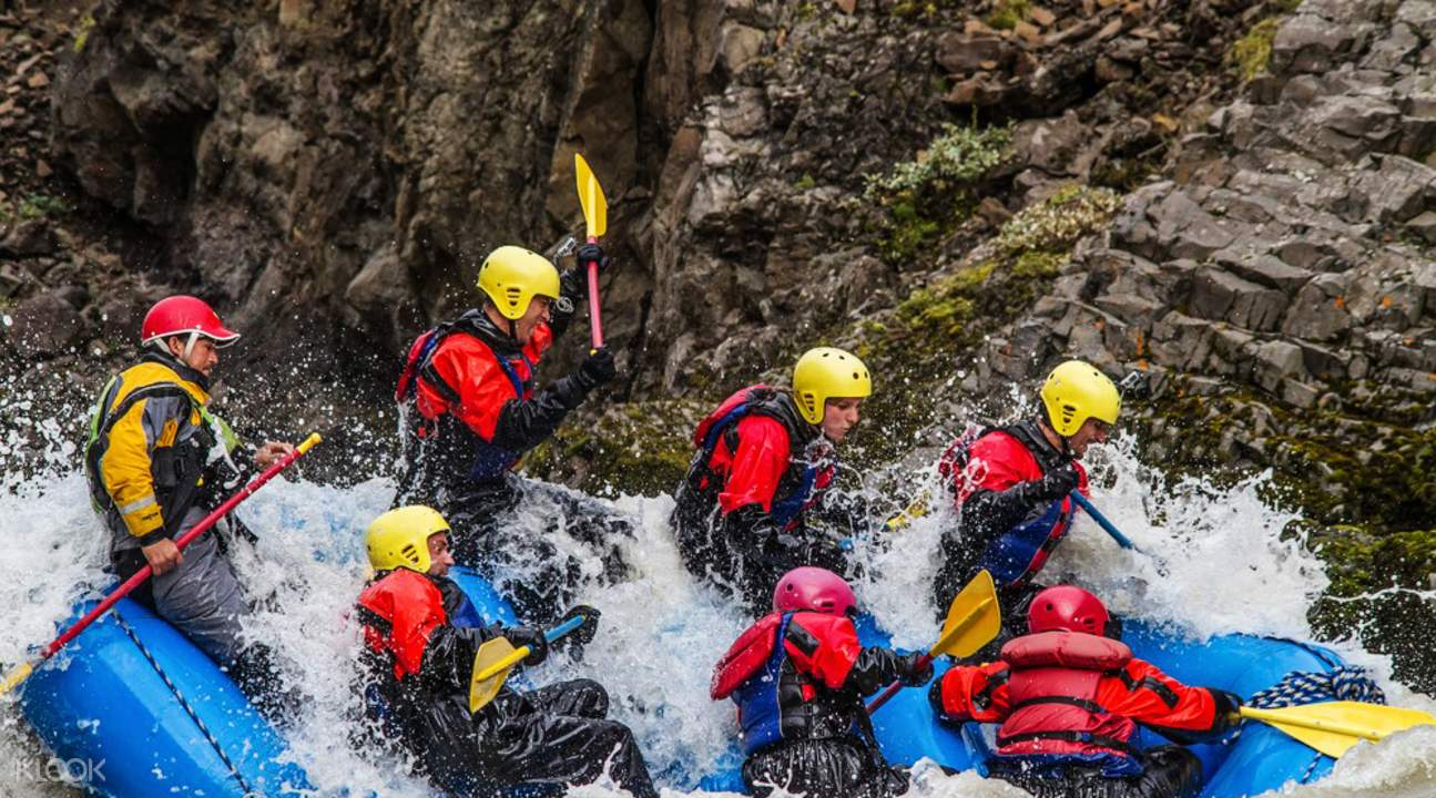 East glacial river rafting