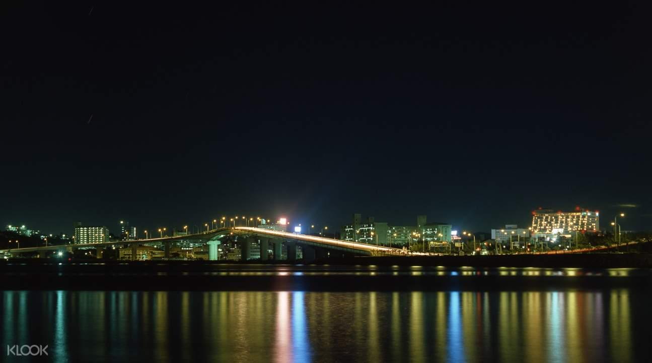 白鯨號夜景遊輪