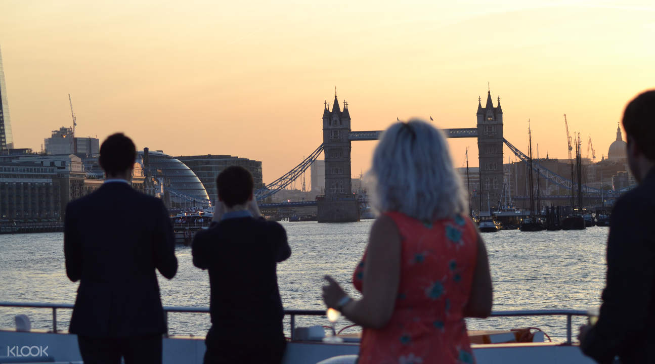 people enjoying the sights from River Thames