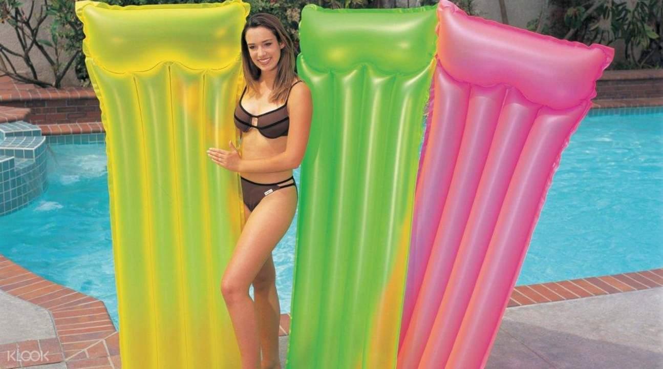 游泳池床,游泳池床租借,巴厘岛浮床租借服务