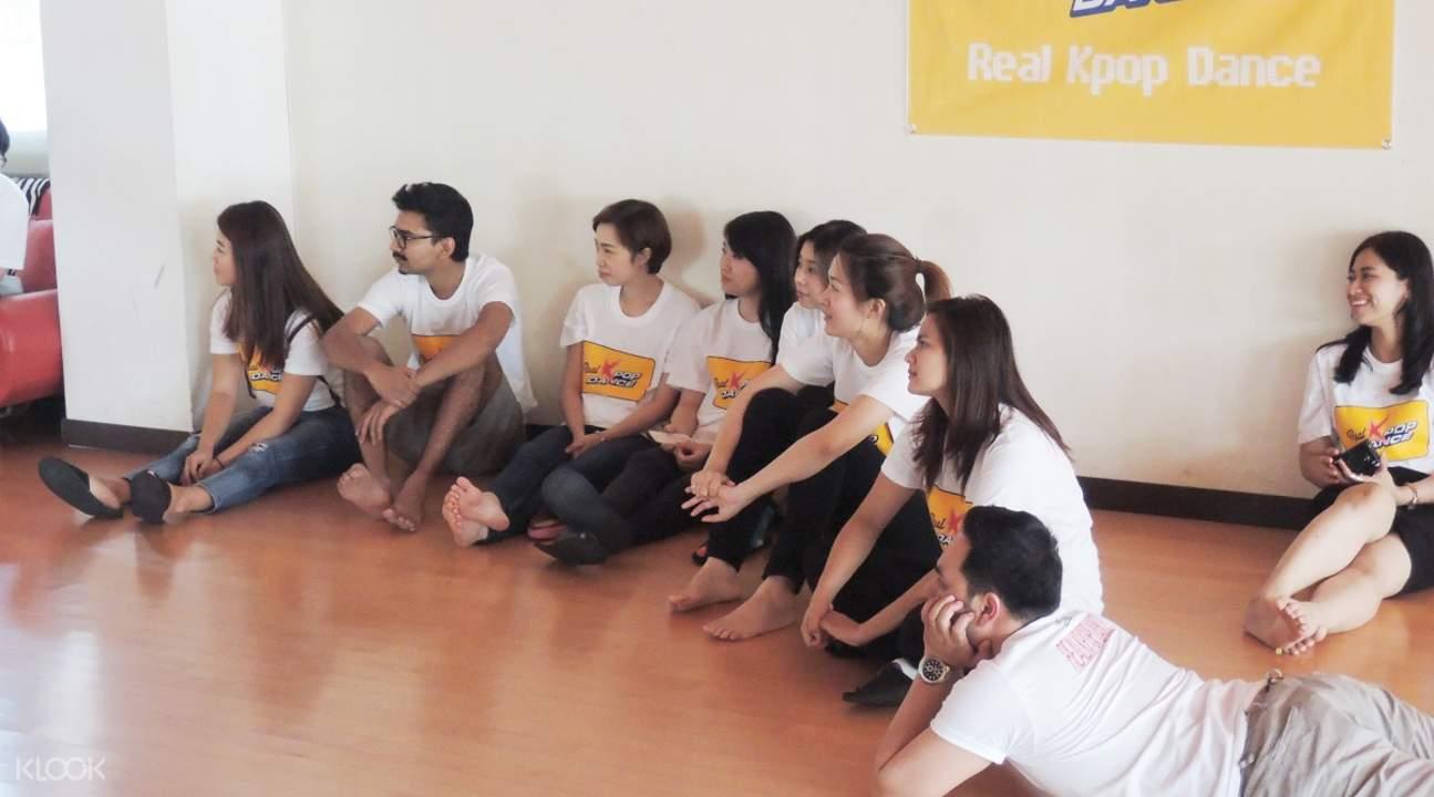 Kpop dance class klook learn kpop dance seoul baditri Images
