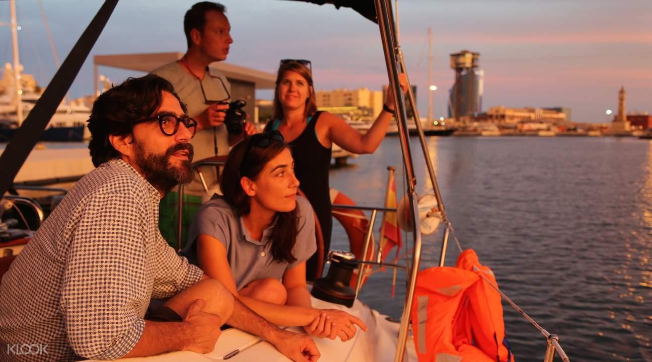 巴塞罗那游船落日观光,巴塞罗那帆船观光,巴塞罗那帆船落日观光,巴塞罗那海上之旅,巴塞罗那地中海观光,巴塞罗那旧港