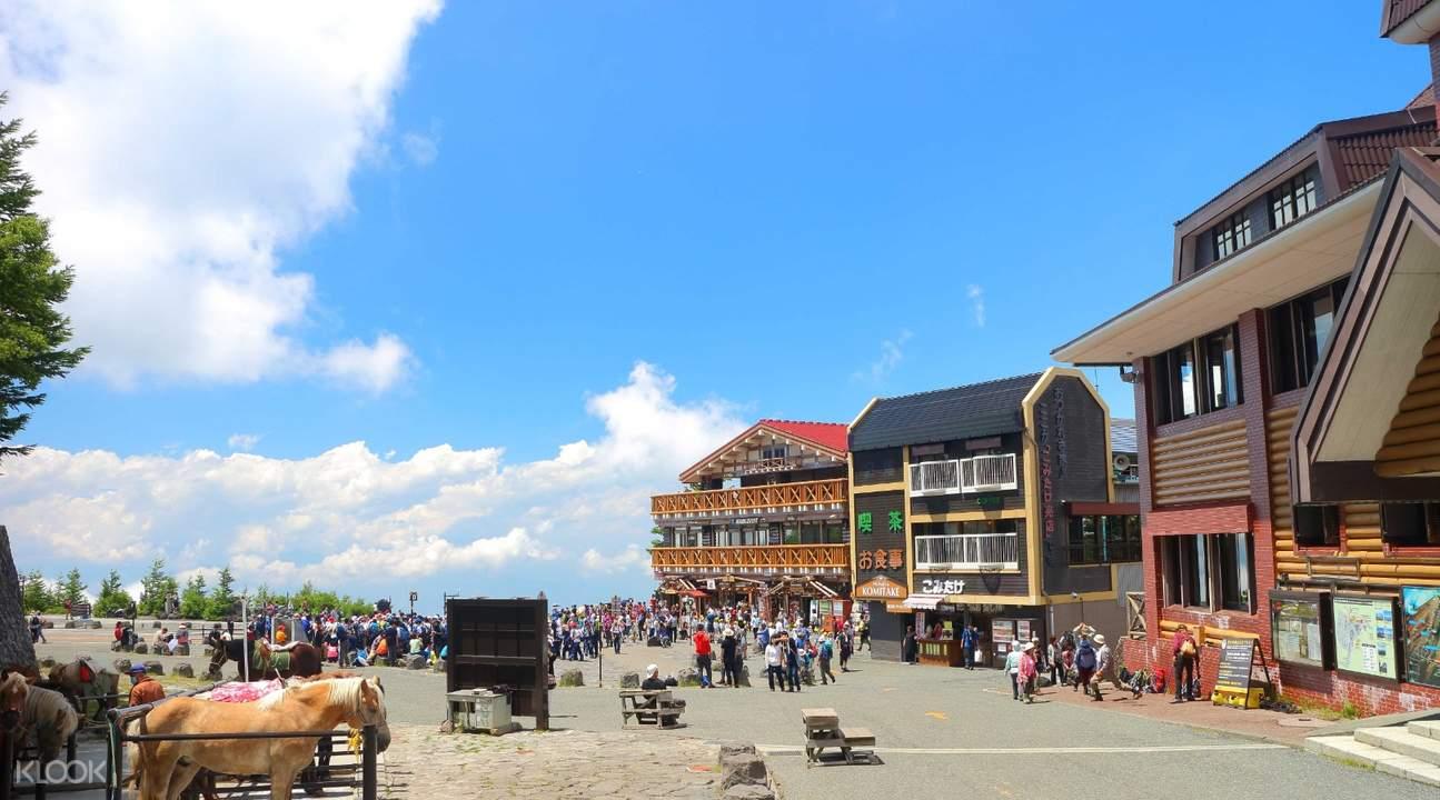 9fc80926202619 Mt. Fuji, Hakone Pirate Ship & Gotemba Premium Outlet Shopping Day ...