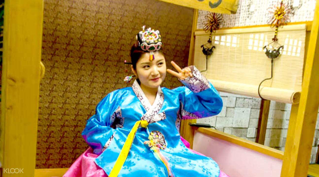 seoul hanbok dress up