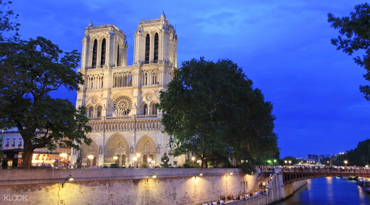 tours around paris,