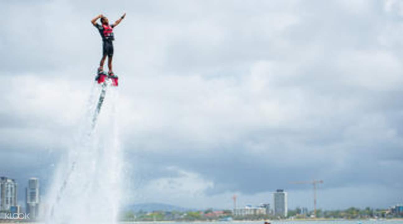 水上飞行器表演