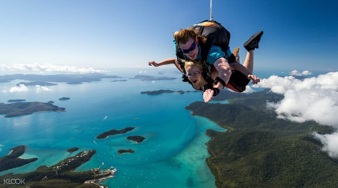 6000 feet skydiving