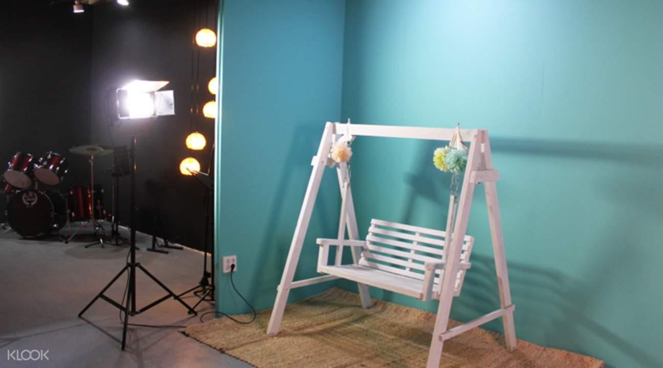 photo studio props