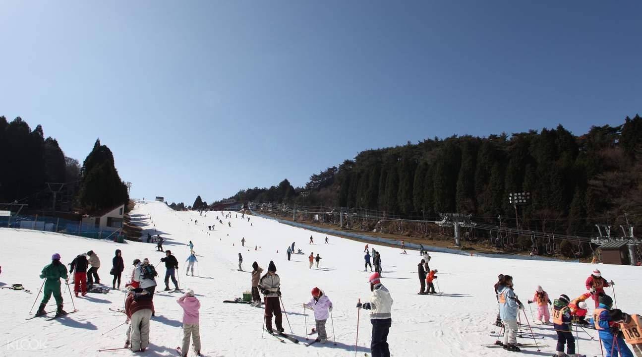 Family Snow Day in Rokko Snow Park
