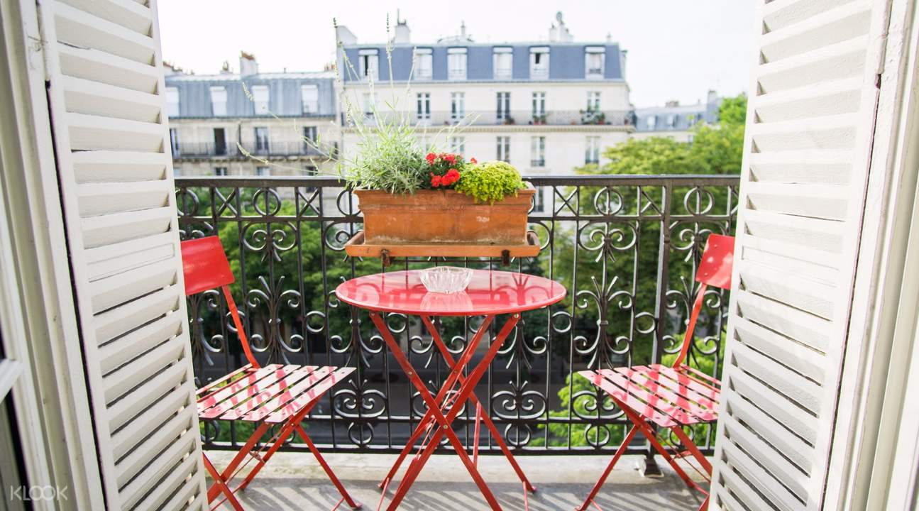 local home classic french home dining experience paris france