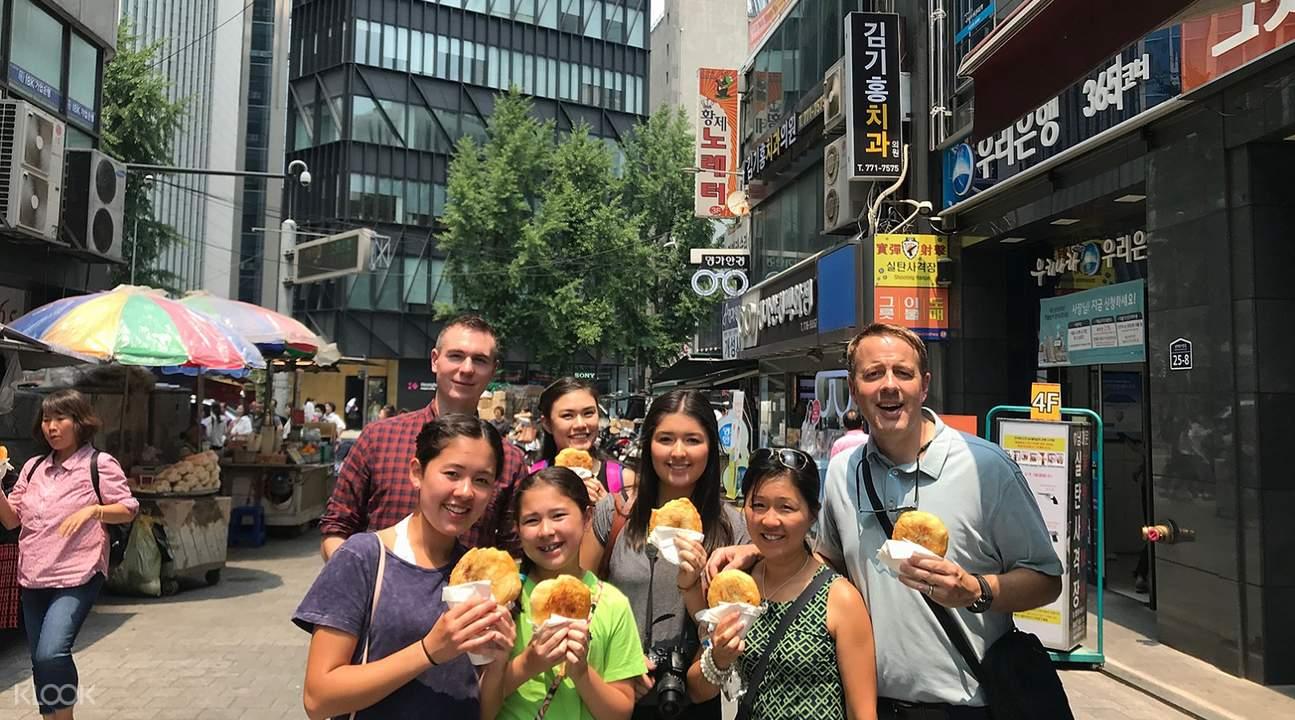 namdaemun market tour, namdaemun food, seoul food tour, namdaemun market food stalls, namdaemun food recommendation, namdaemun best food