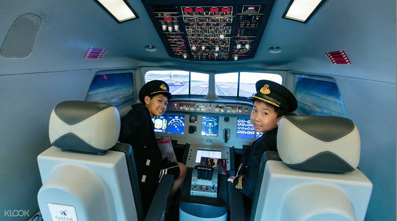 Kidzania airplane