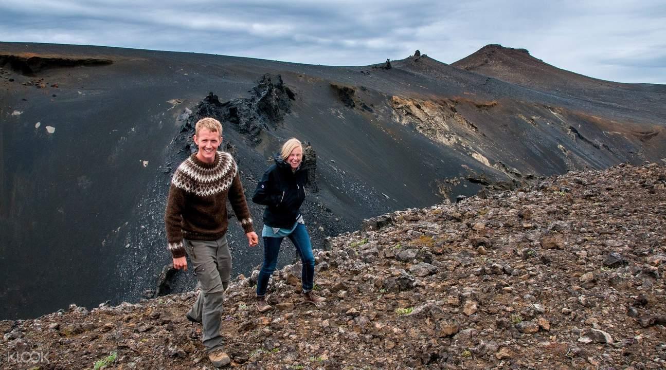 荒野熔岩地徒步之旅