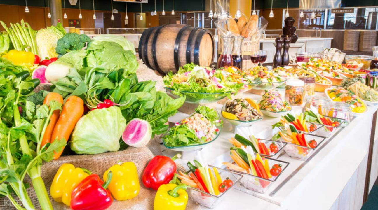 Sun Meadows Kiyosato Highland Park buffet