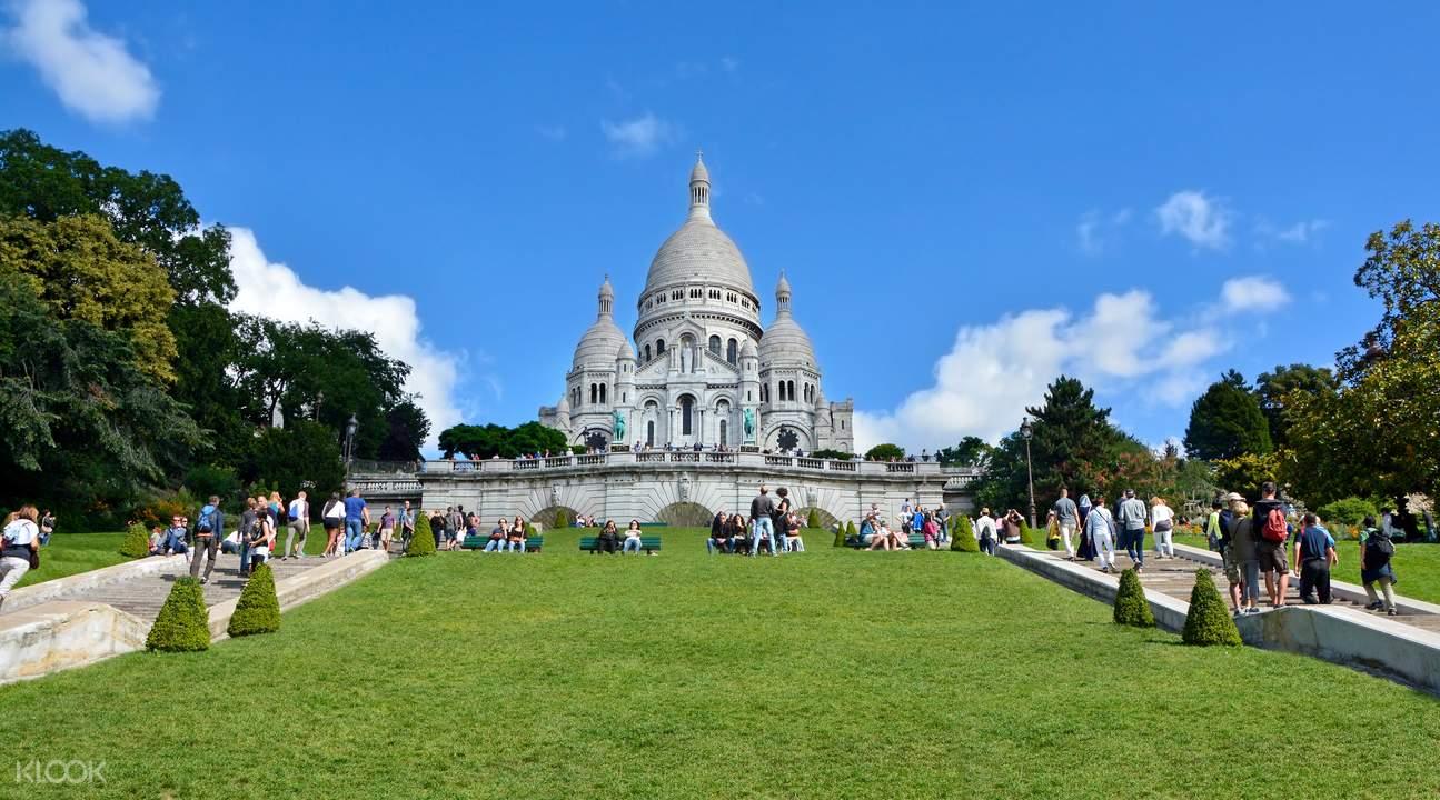 圣心大教堂,蒙马特高地半日导览,巴黎蒙马特红磨坊