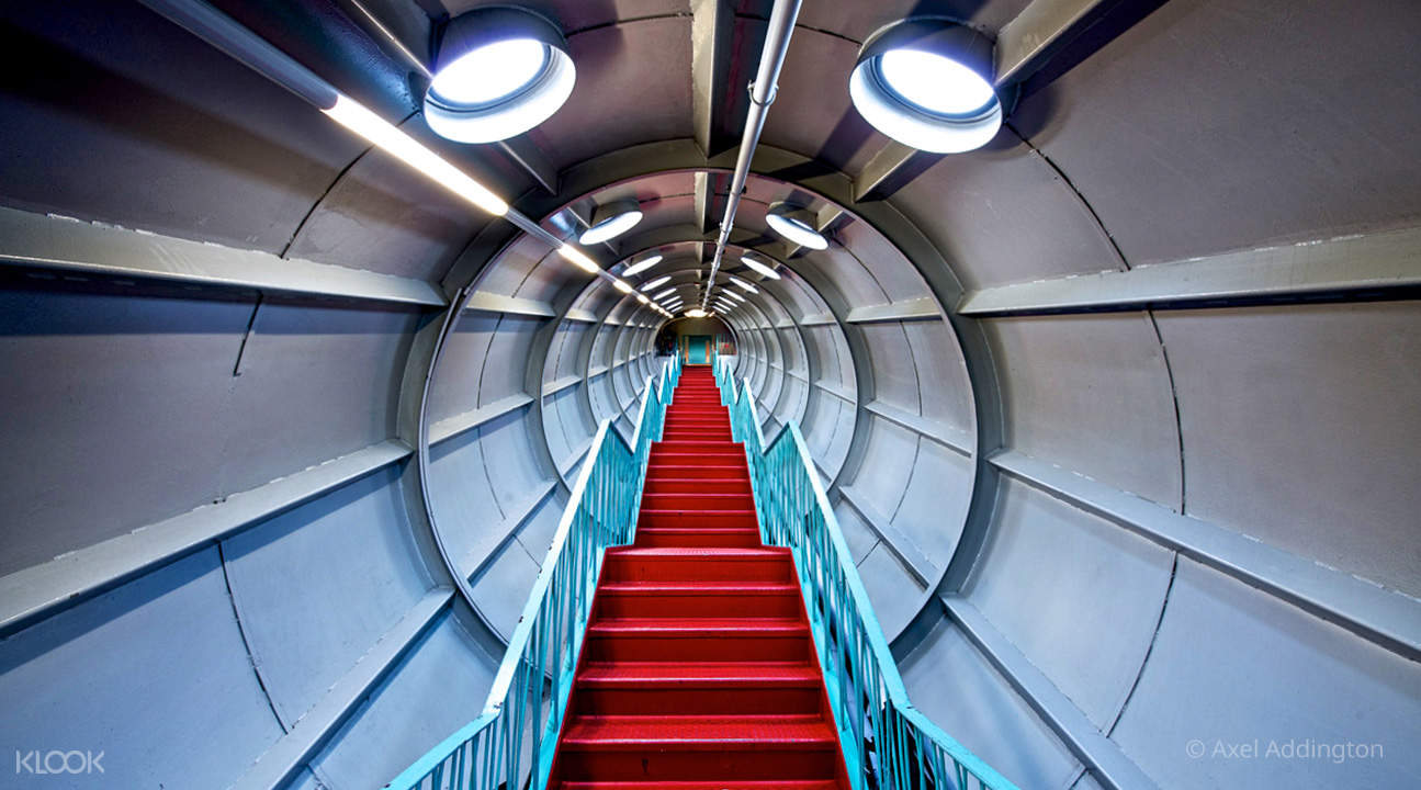 stairs and tubes in atomium brussels