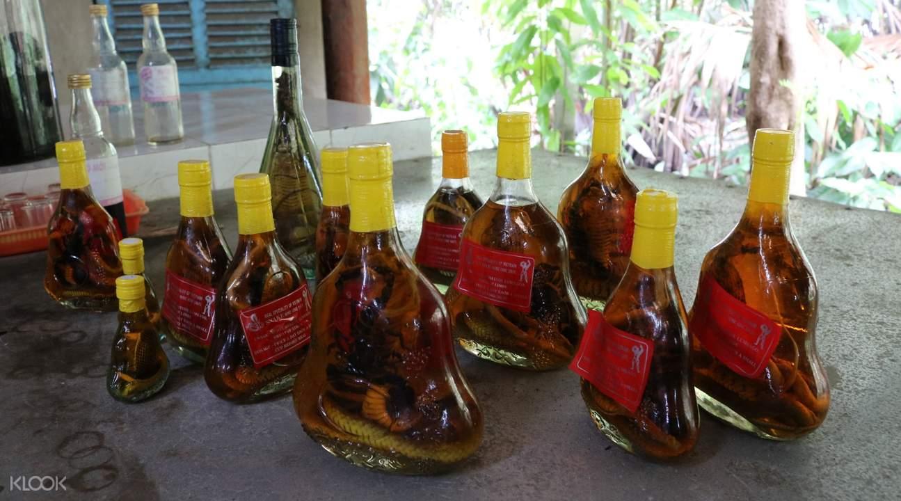 snake scorpion wines