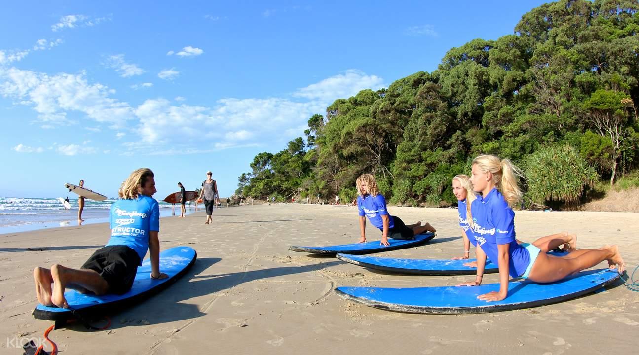 拜伦海滩冲浪课程