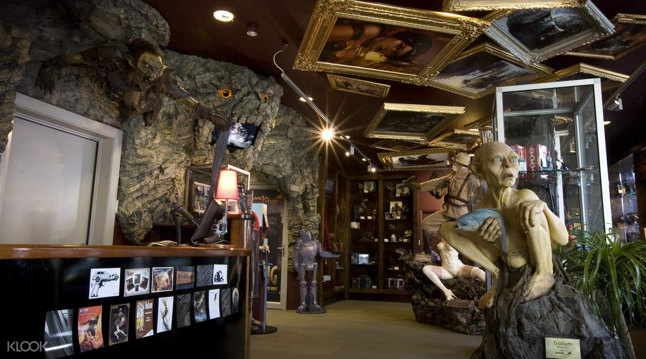guided tour weta cave