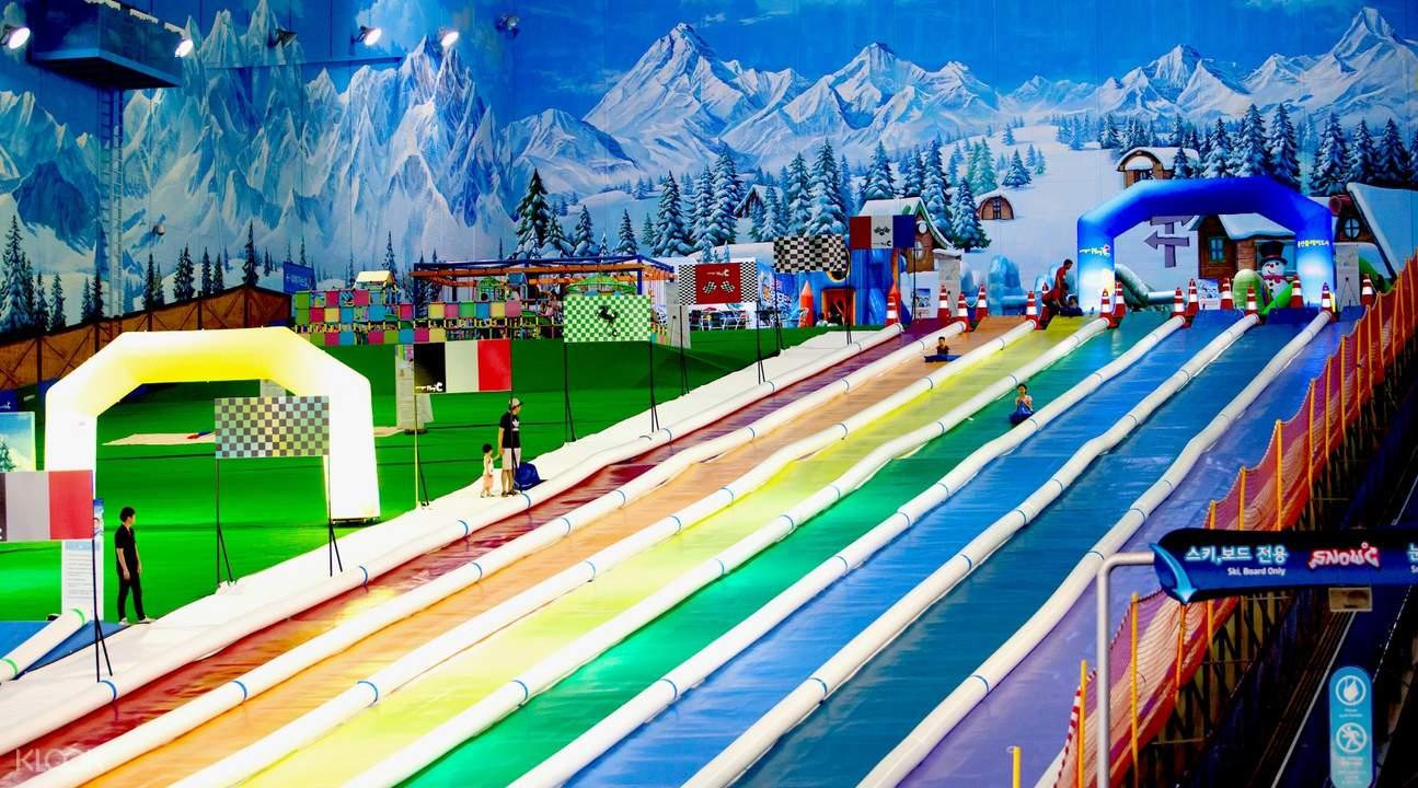 夏季滑道乐园