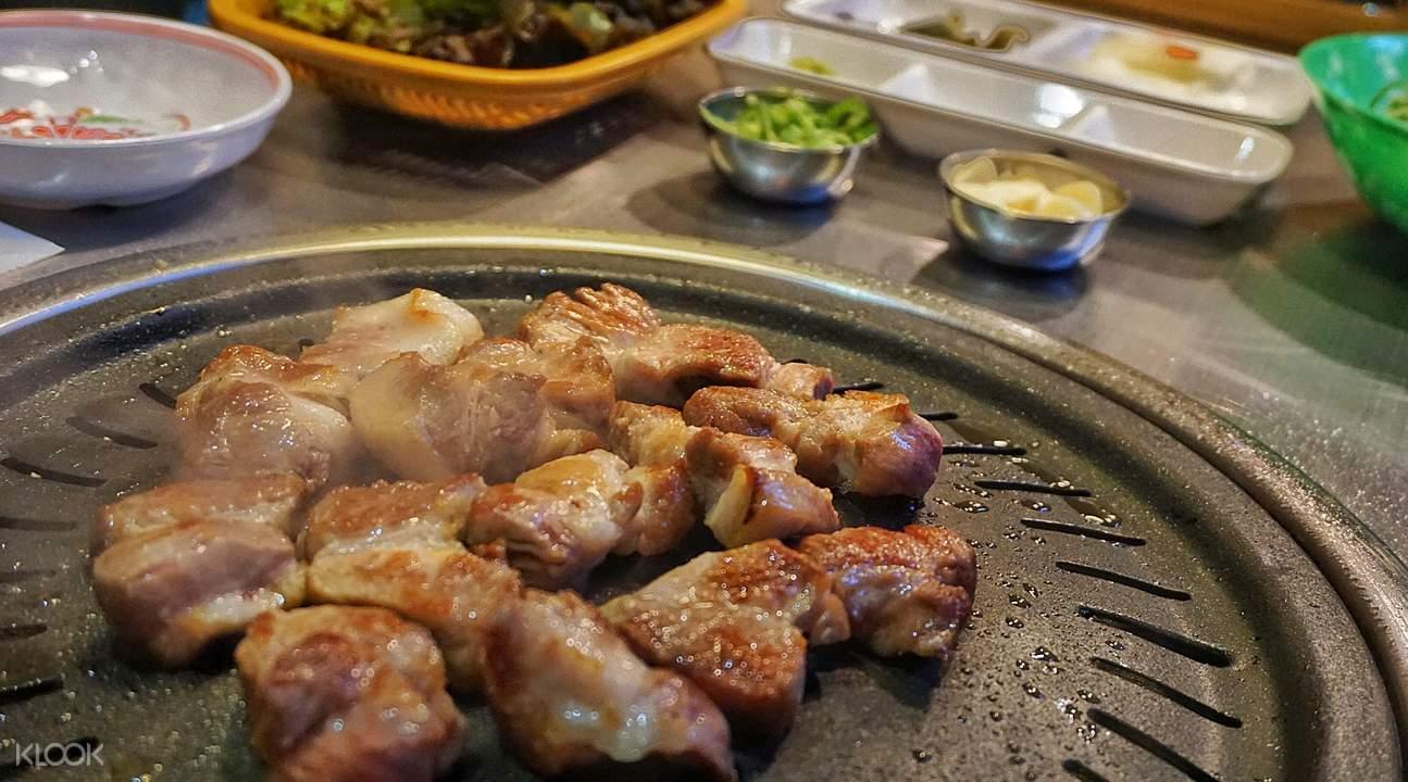 首尔热情岛烤肉店