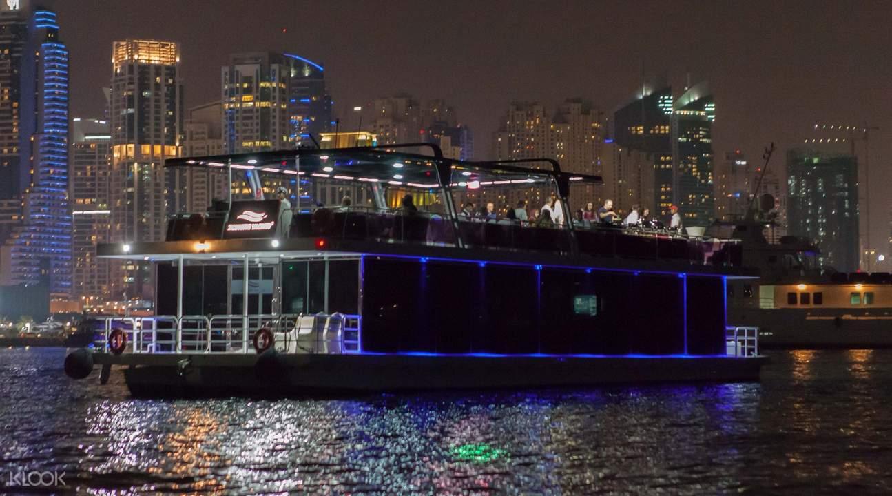 迪拜滨海游艇